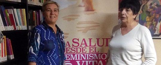 """Luisa Posada imparte la sesión """"Feminismo y Teoría Feminista"""" en el posgrado en los Malestares de Género"""